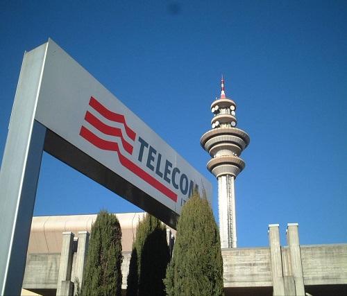 335cc8f2db Telecom Italia, icone per eccellenza del servizio telefonico per  affidabilità e competenza, offre anche numerose opportunità di lavoro sia  in Italia che ...